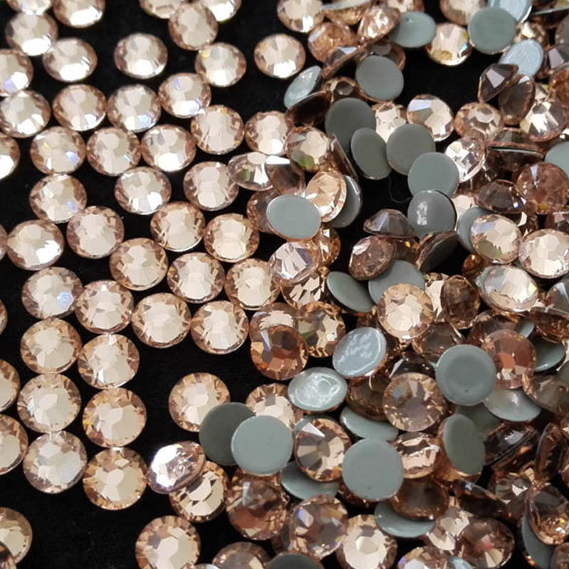 the most shiny & attractive rhinestones hot fix 6A quality supplier wholesale