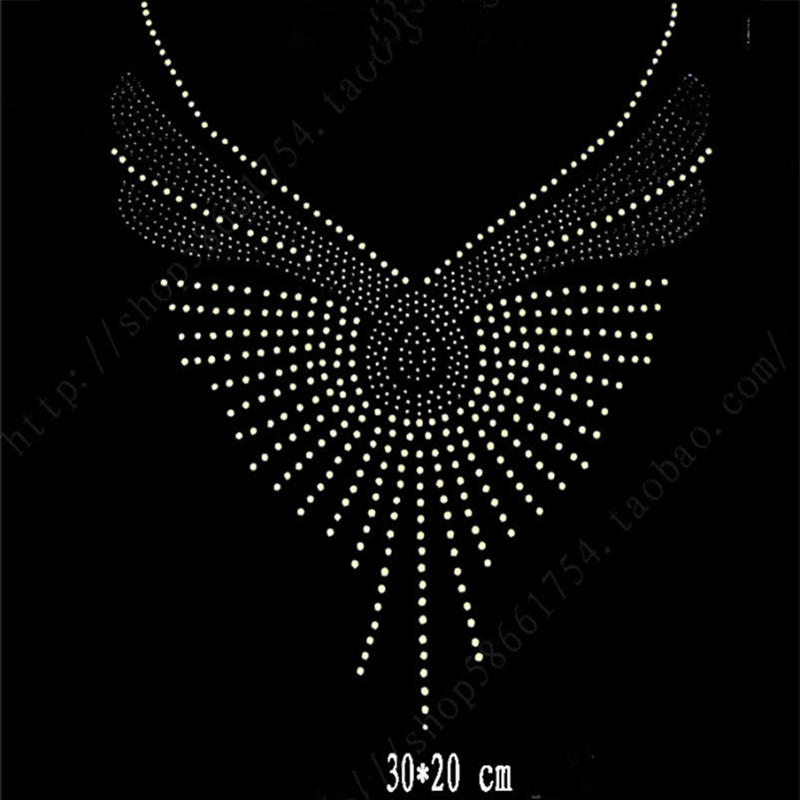 Professional wholesale hot fix rhinestone transfer motifs for making clothing decoration