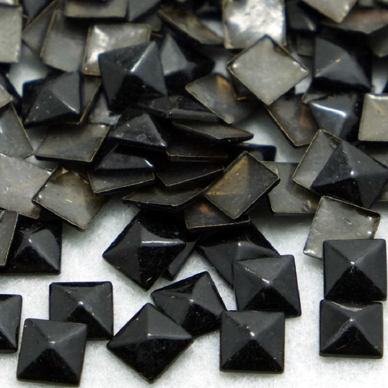 hot fix square shape copper studs size 8*8mm gun metal color for making spikes clothing