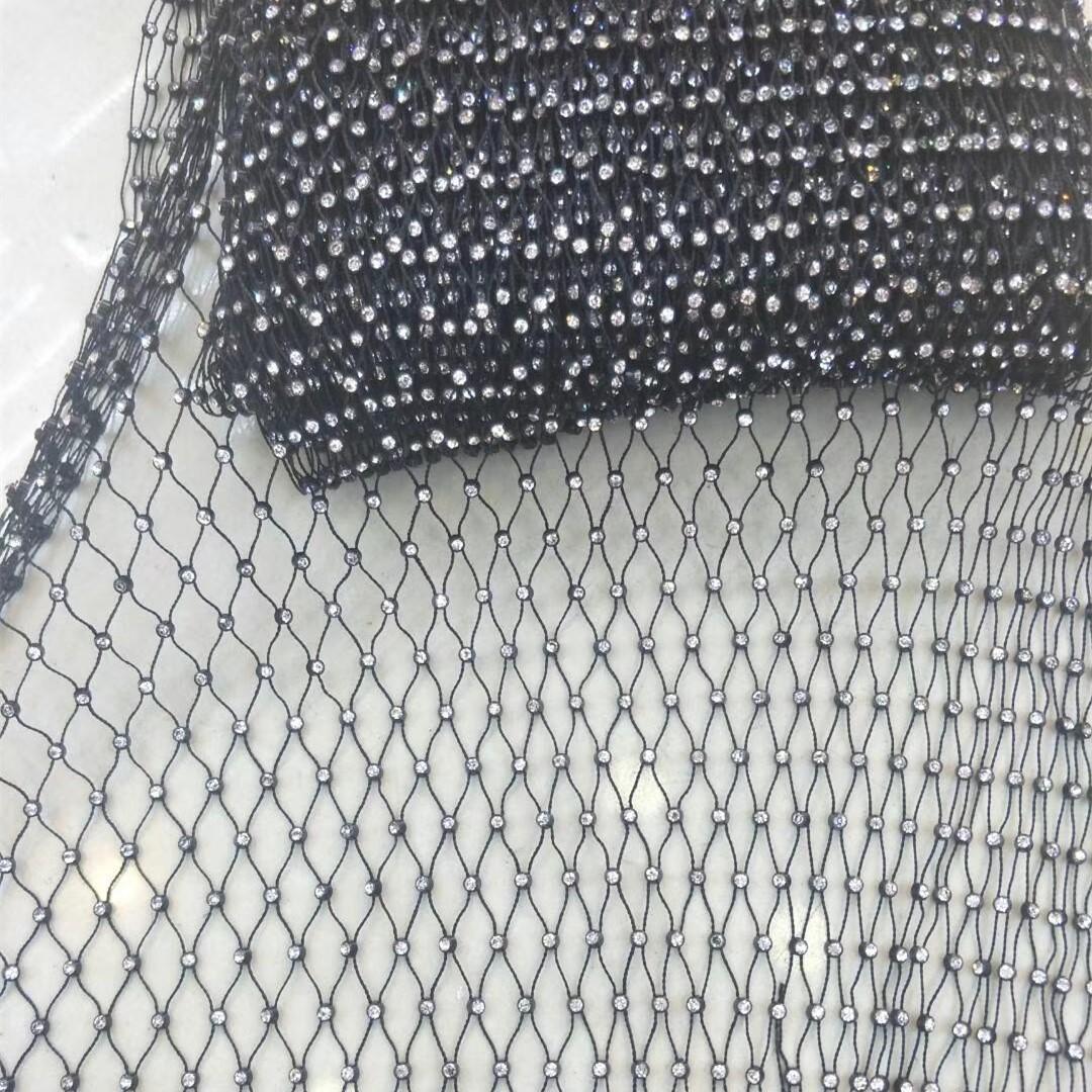 Elastic fishnet mesh crystal trimming for garnet color fabrics decoration