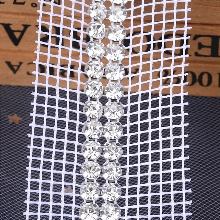 Jpstrass-Customized Plastic Mesh Trimming White Or Neutral Fabric Trim With 4 Rows